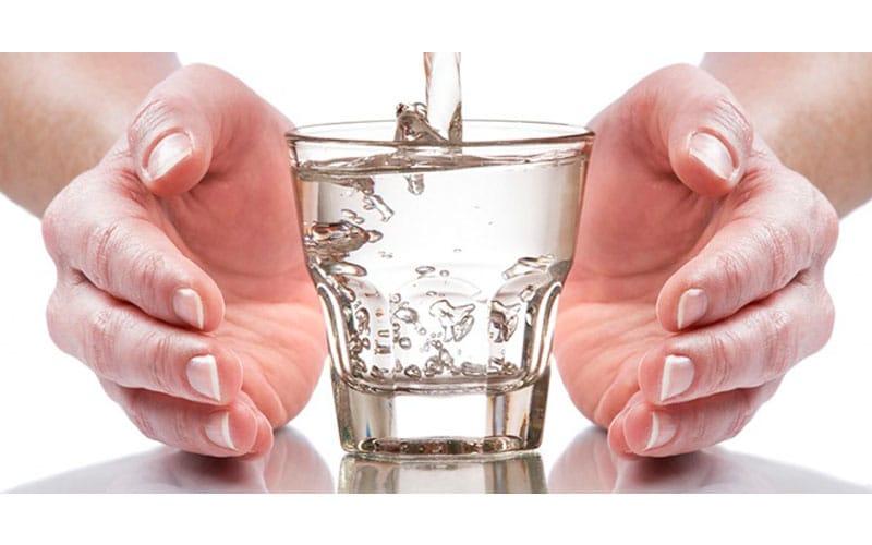 کاربرد آب مقطر در آزمایشگاه